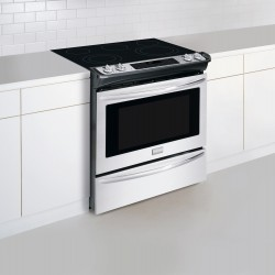 30 in Stainless Steel Electric Slide-In Smoothtop Range - Convection Frigidaire - FGES3065PF